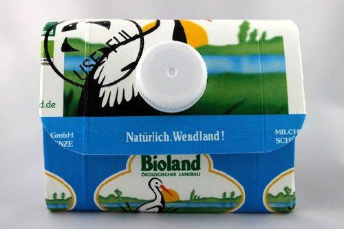 USEDFUL - ein Online-Shop für Upcycling-Produkte wie diesen Geldbeutel aus Tetrapak