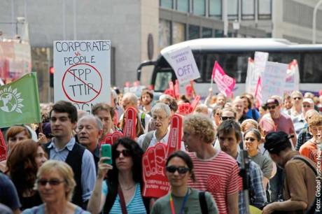 TTIP stoppen – Die Freihandelslüge