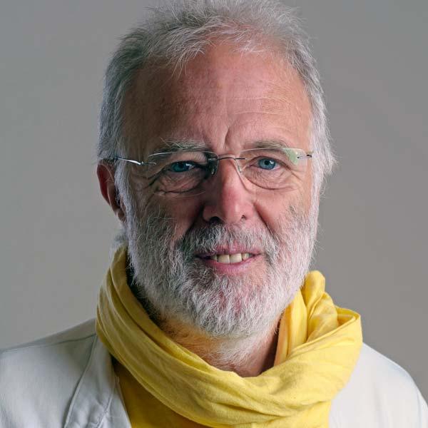 Joachim Klöckner bei der Konferenz für eine bessere Welt