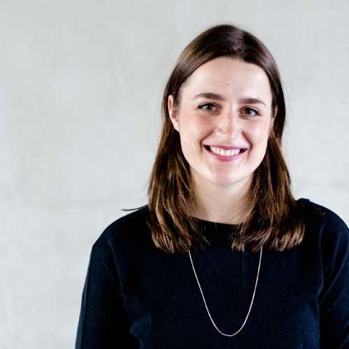 Isabel Jensen gibt bei der Konferenz für eine bessere Welt einen Workshop zum Thema Crowdfunding