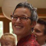 Julia Kommerll bildet zum Dragon-Dreaming-Trainer aus