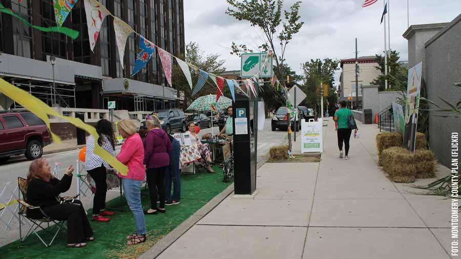 Park(ing)day: Straße zurück erobern